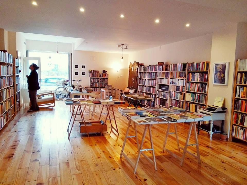 A Flanêur é uma livraria especializada