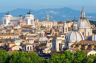 A guide to the best of all four seasons in Rome to help you plan your visit.