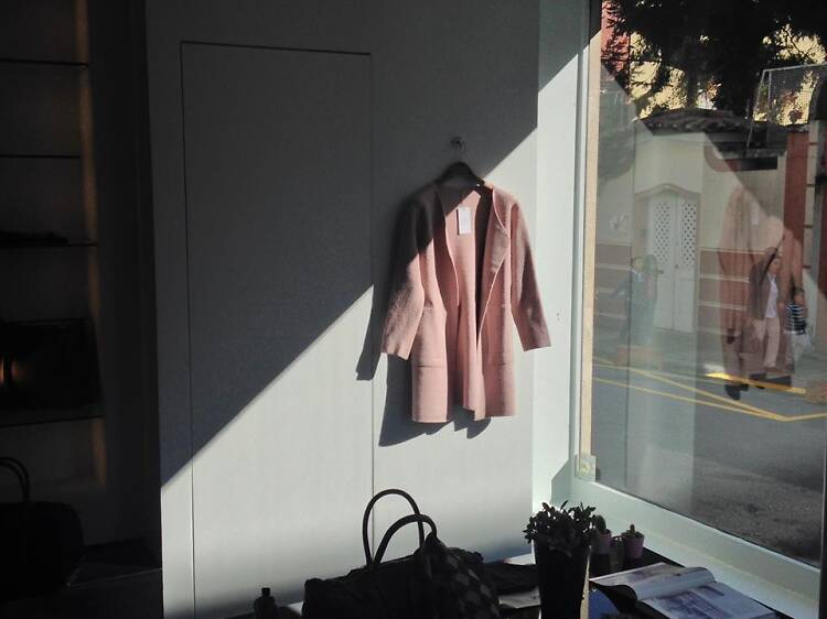 Renove o guarda-roupa na Bombarda 498