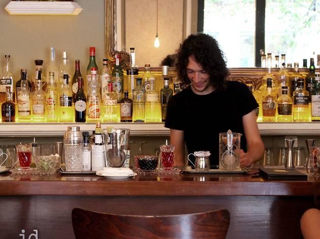 1862 Dry bar