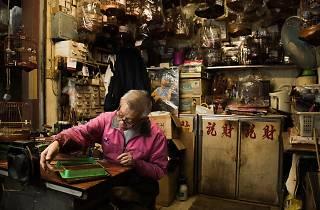 Chan Lok-choi, bird cage maker. Photo: CALVIN SIT