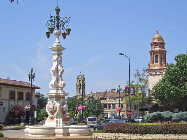 Country Club Plaza