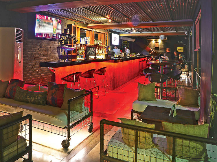 Hotel Bars and Pubs