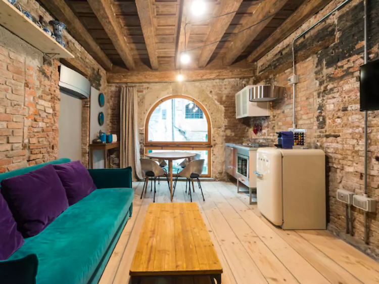 Eclectic ground floor two-bed in San Marco