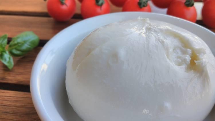 A burrata é um queijo típico italiano
