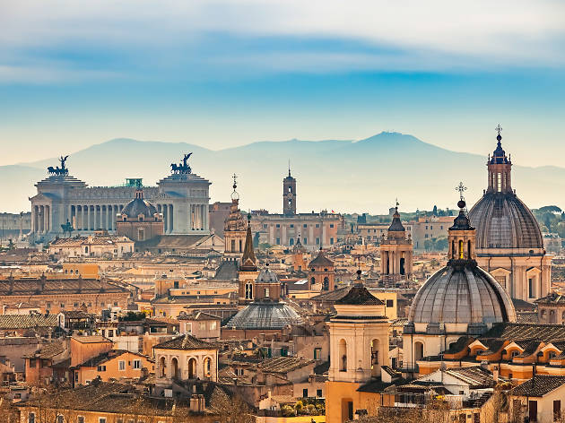 Essential Rome Travel Guide with Need-To-Know Tourist Tips