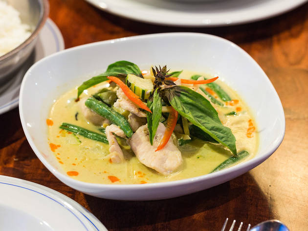 Green curry (gang keow wan) with chicken at Thai Ayuthaya, Kelvin Grove, $18.90