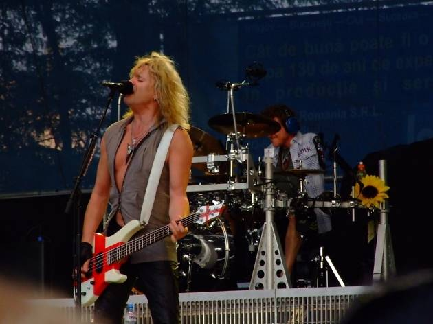 Def Leppard and Journey perform at Wells Fargo Center in Philadelphia.