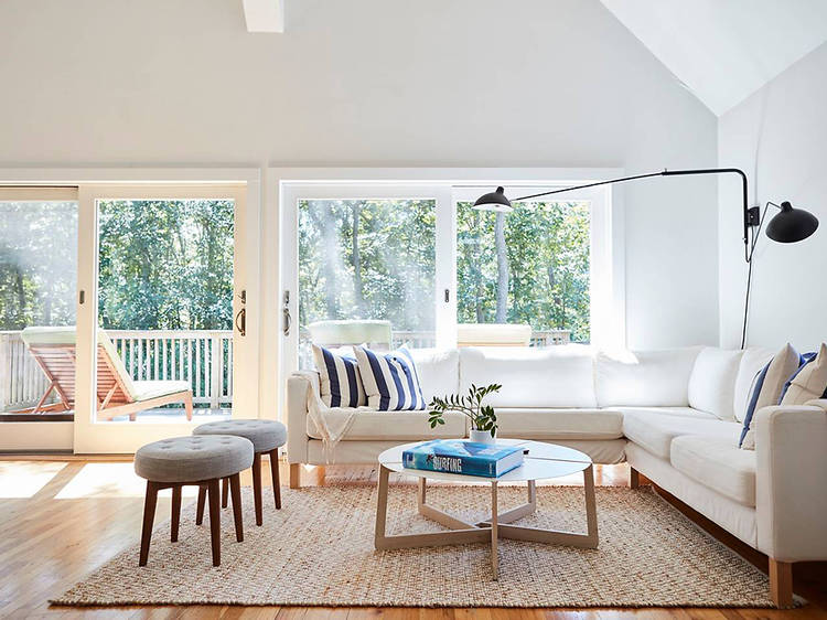 Bright and Cheerful Modern Home in the Woods in East Hampton