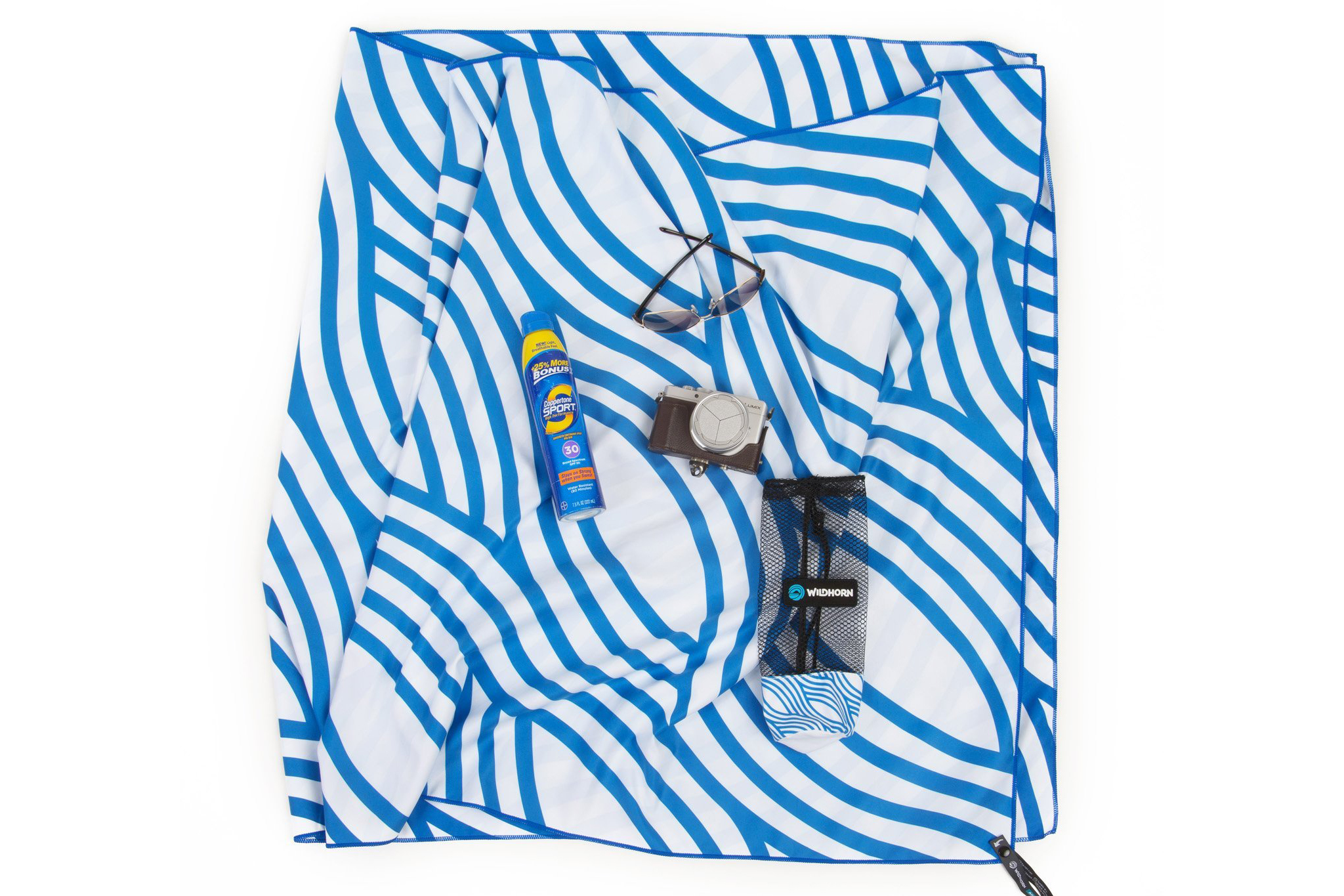 A quick-drying beach towel