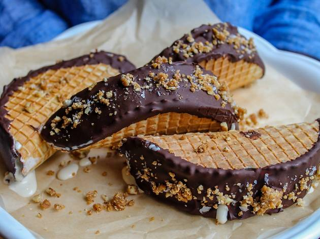 Barbuzzo brings back its Frozen Budino Choco Taco for a limited time.