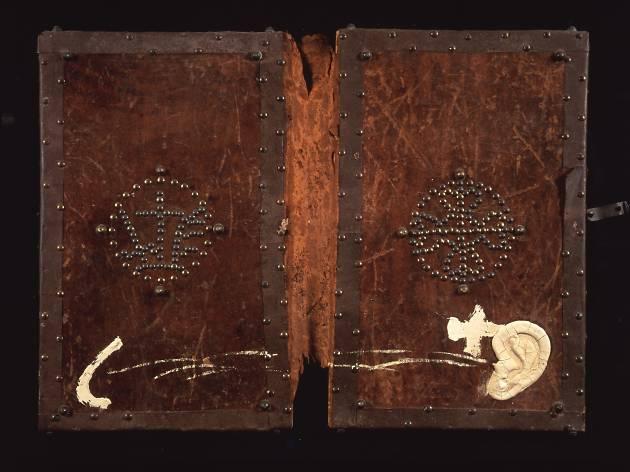 La luz negra. Tradiciones secretas en el arte desde los años cincuenta