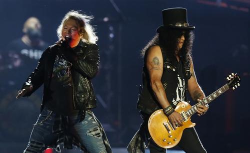 Guns N' Roses de regresso a Portugal em 2021