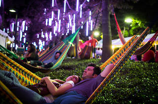 Enjoy hammocks, beer gardens and tons of food stalls at Spruce Street Harbor Park.