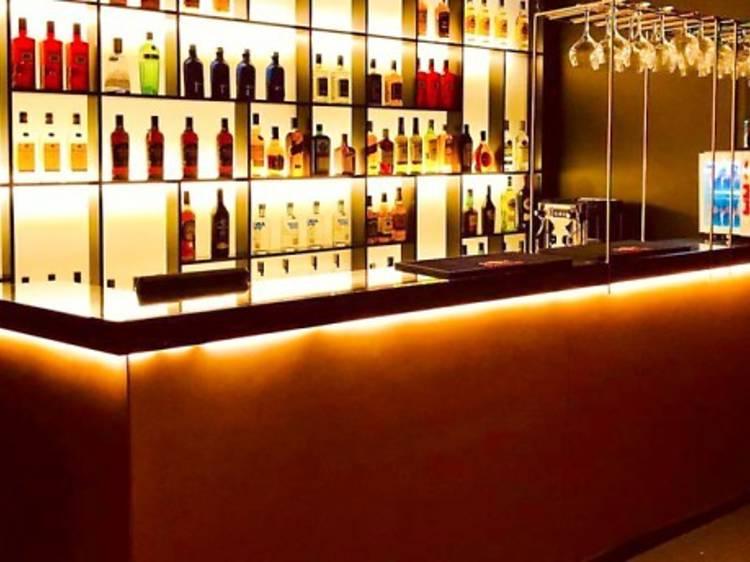 I Loft - Resto Bar