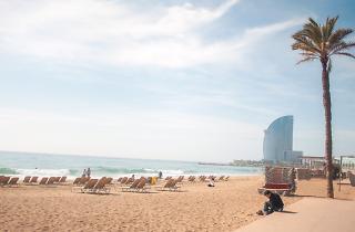 2 playas de Barcelona pierden calidad y la Bandera Azul