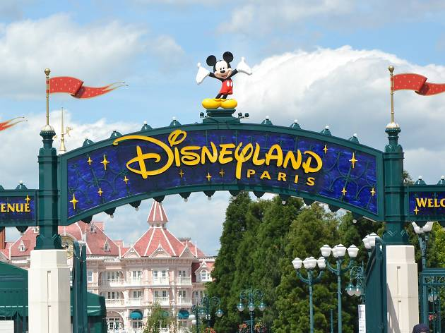 11 essential Disneyland Paris tips