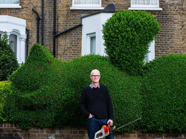 The gardener who turns hedges into topiary animals