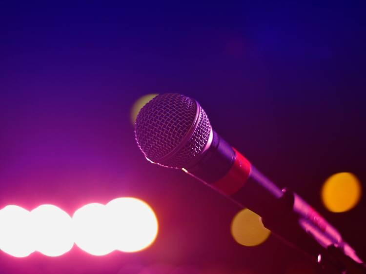Três bares com karaoke no Porto