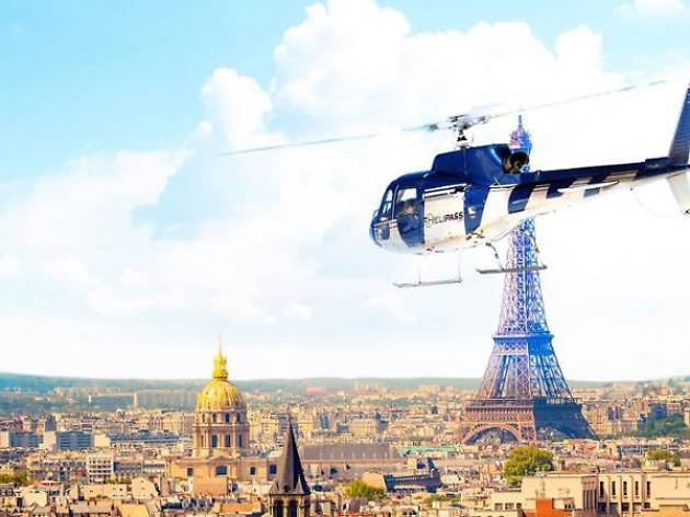 Helicopter tour, Ceetiz tour of Paris and Versailles, 2018