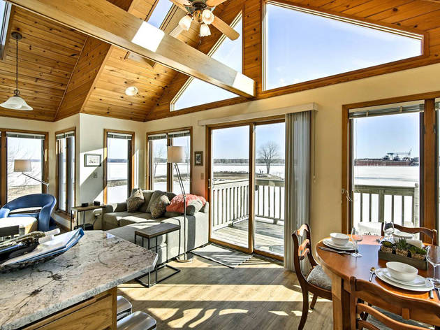Waterfront Home With Deck and Fire Pit in Sturgeon Bay, WI