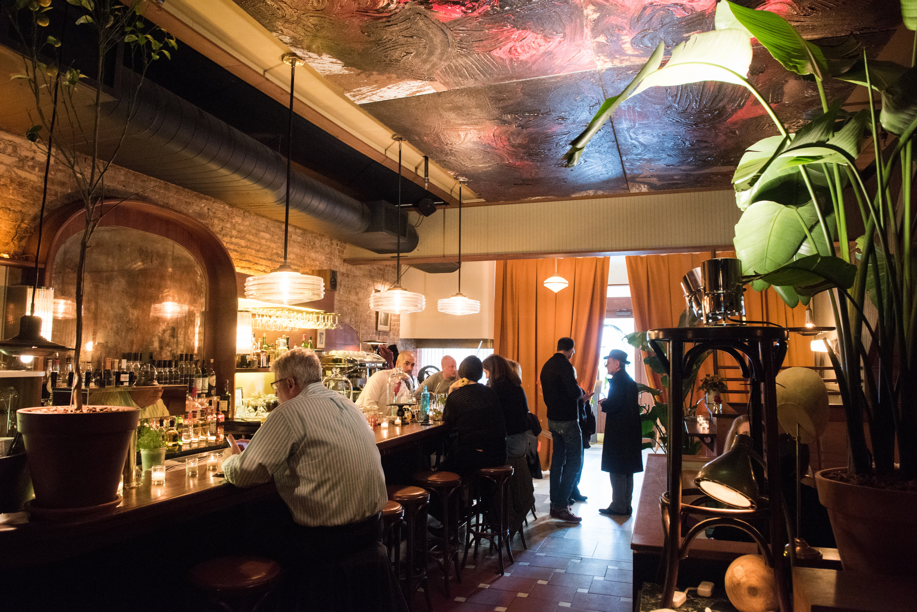 13 Best Bars In Greenwich Village To Try Right Now