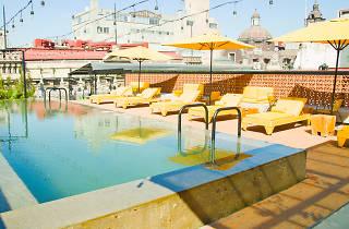 Terraza del Hotel Downtown en la CDMX