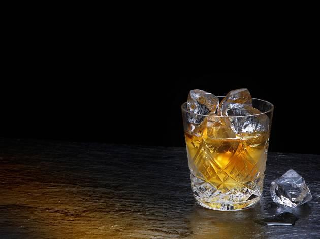 ウイスキー「白州12年」「響17年」が販売休止。原酒不足で再開未定