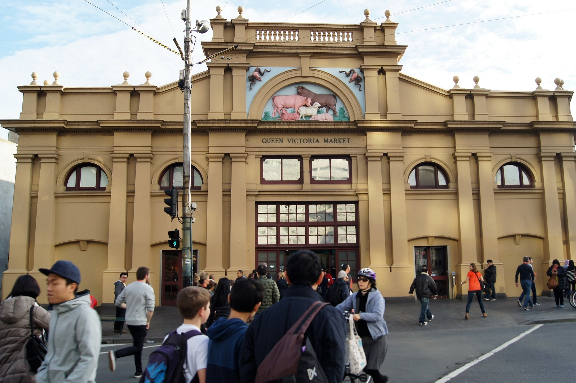 Queen Victoria Market and Carlton tour