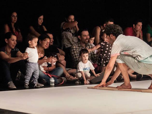 Pulsar, una experiencia teatral para bebés