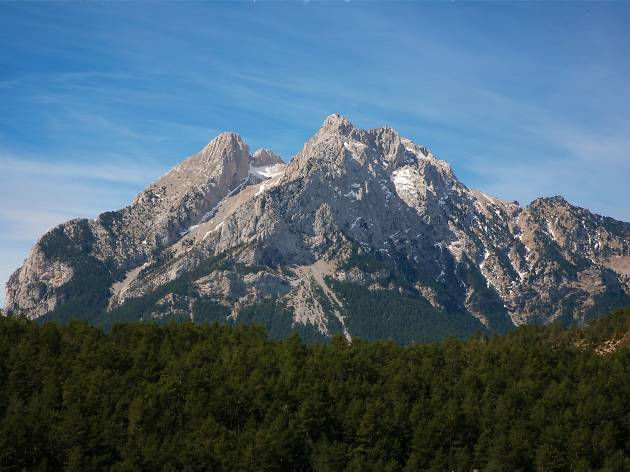 Enjoy Pedraforca and the mines with a getaway to Berguedà