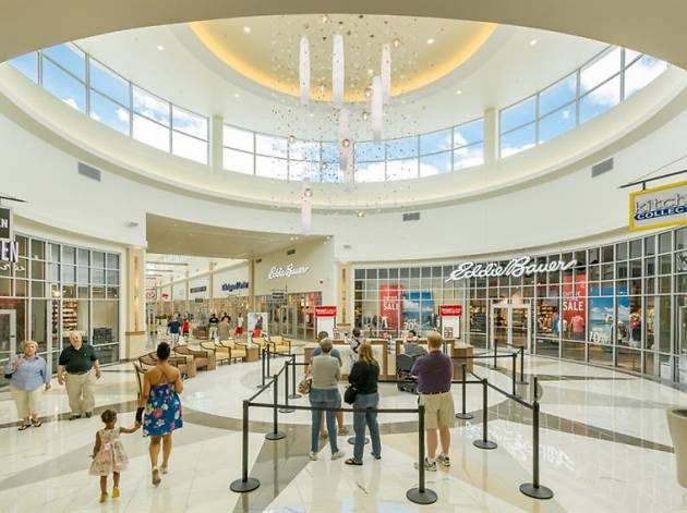 Best Outlets Near New York for Shopping Day Trips from NYC