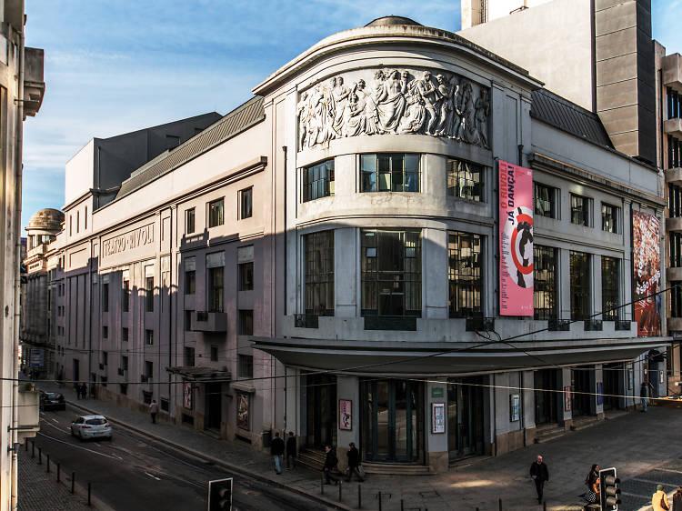 Teatros e museus municipais