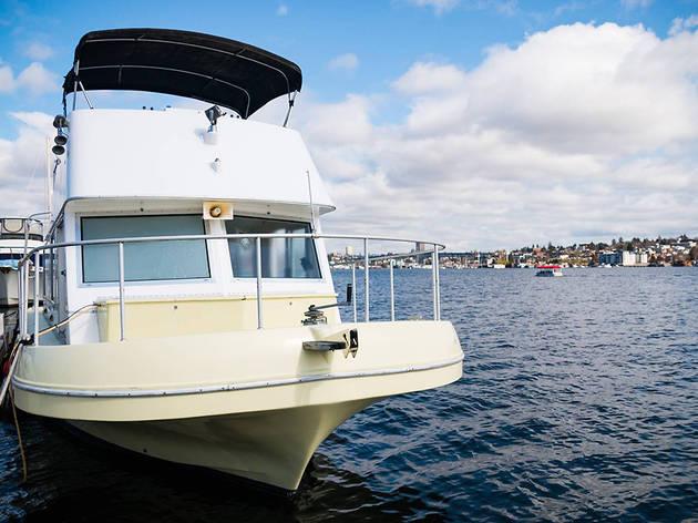 Rad'ish Houseboat