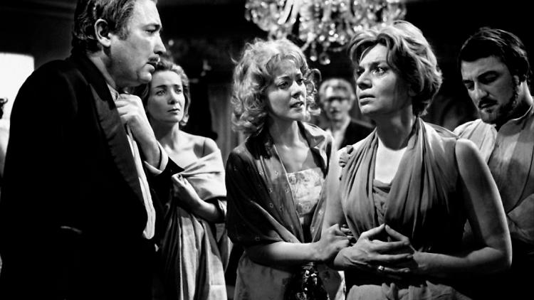 El ángel exterminador de Luis Buñuel en FilminLatino
