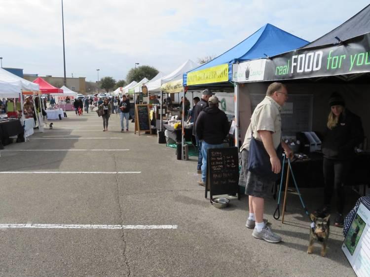 Texas Farmers' Market at Lakeline