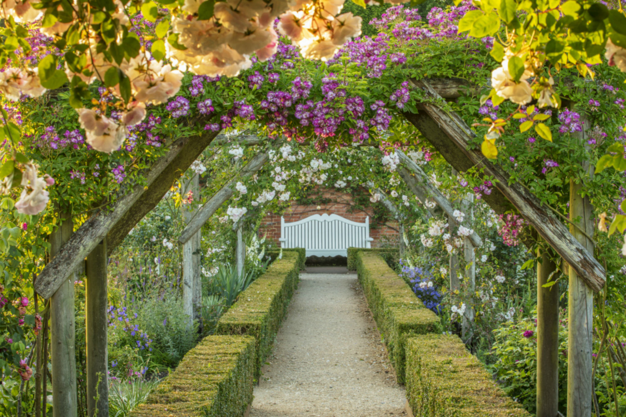 9 flower-filled day trips from London