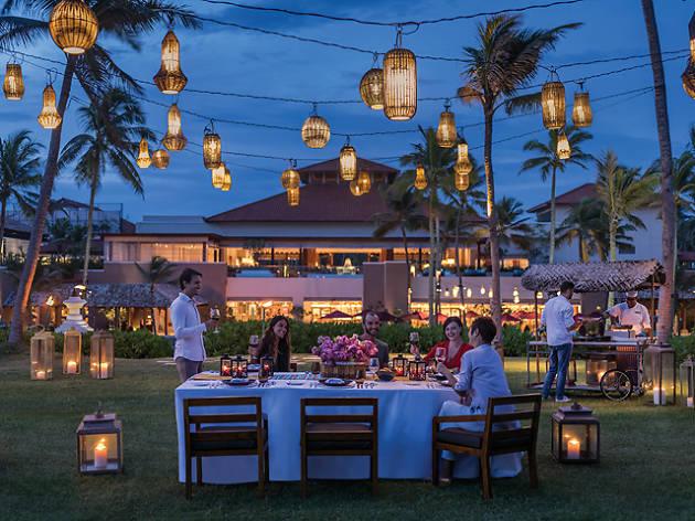 Shangri la 39 s hambantota golf resort spa hotels in for Shangri la barcelona