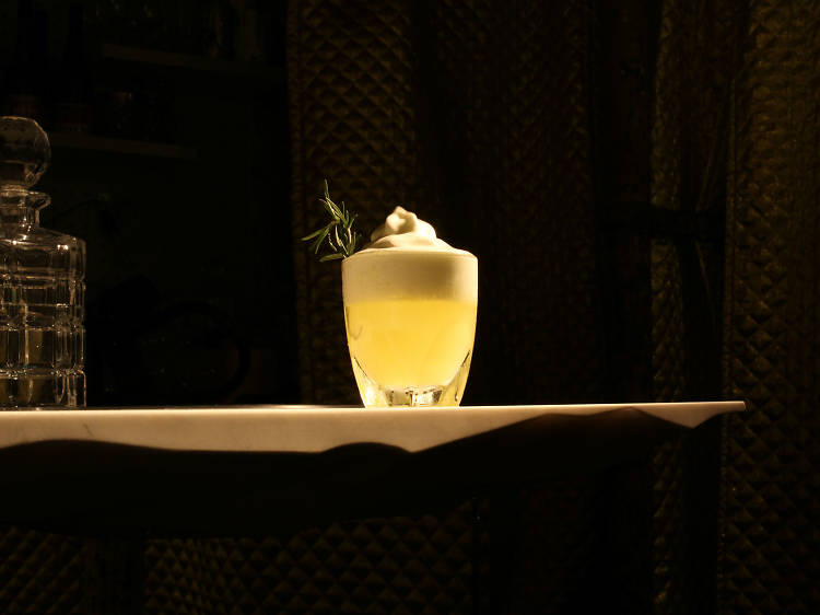 50 bars in Paris you must drink at
