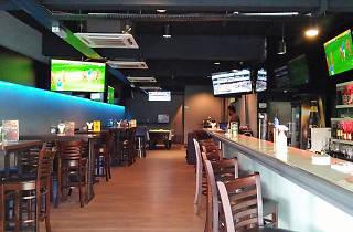 Hattrick Sportsbar and Burgers