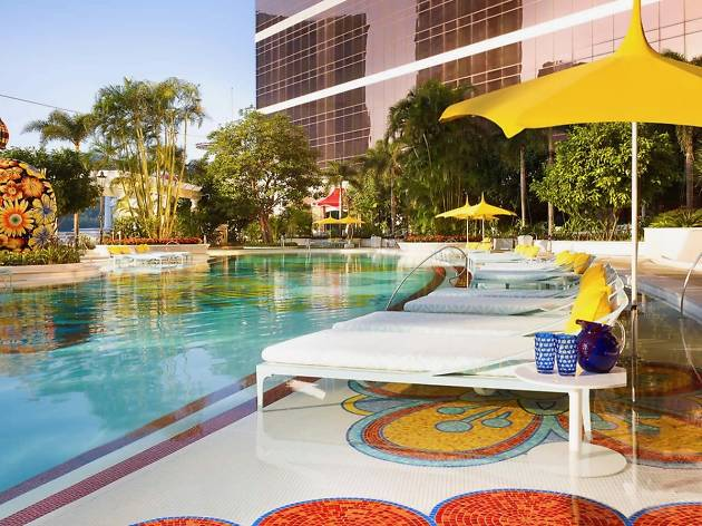 Wynn Palace pool