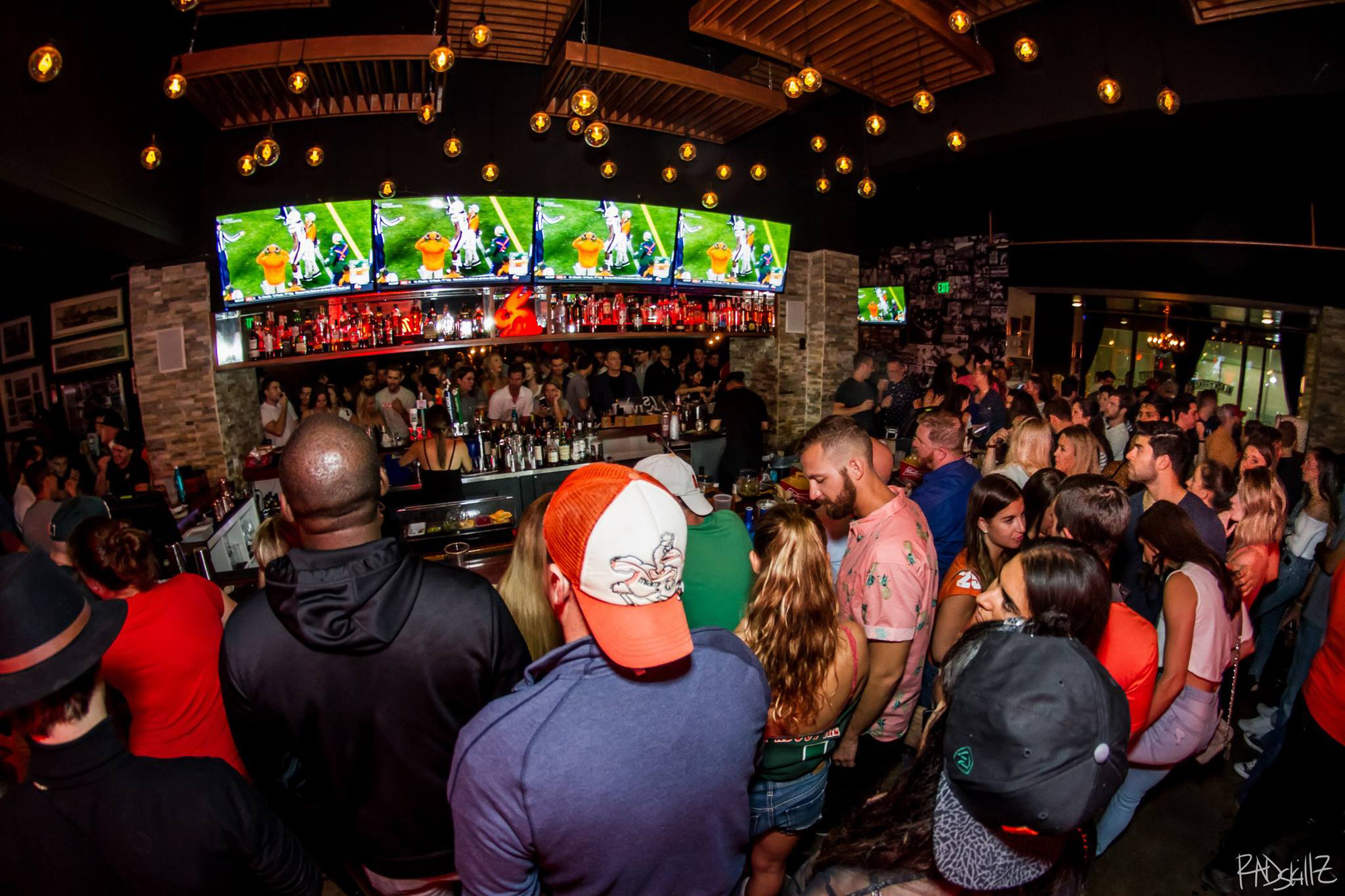 The best sports bars in Miami to root on your team