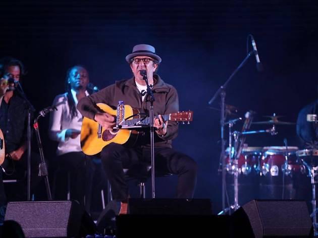 Rui Veloso volta a casa para um concerto de Natal especial