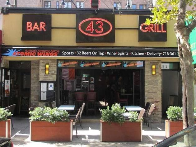 Bar 43