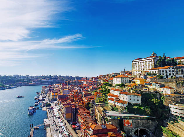 'Tourists are welcome' in Portugal