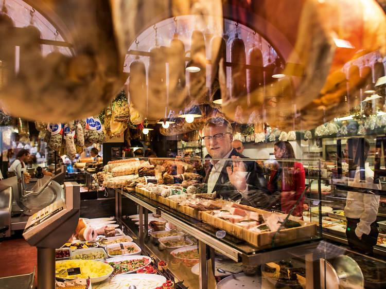 Aller manger chez l'ancestral Gabbani, célèbre boucher, restaurant, traiteur de Lugano