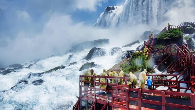 The ultimate guide to Niagara Falls, NY