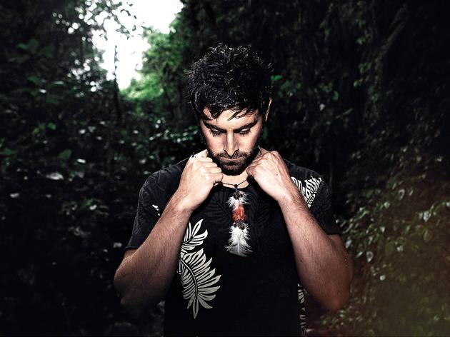 Mateo Kingman/ Bateu Matou
