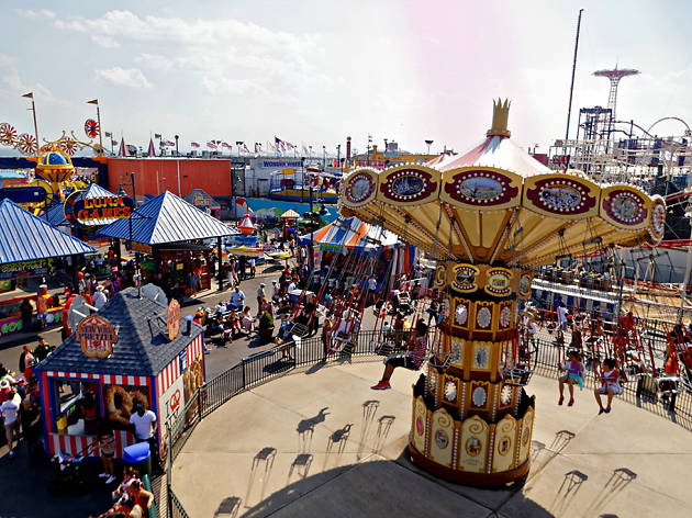 Attention thrill-seekers! Luna Park needs your help