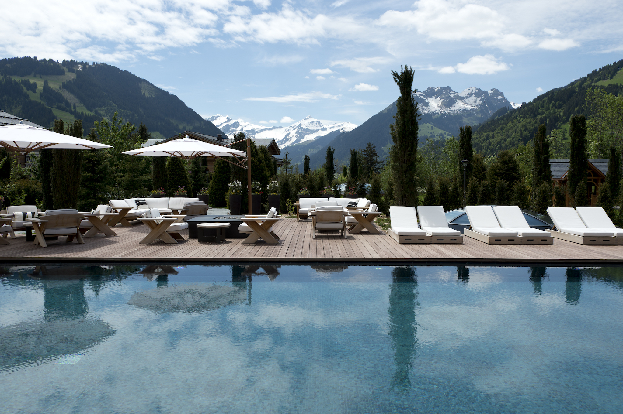 Outdoor pool hotels